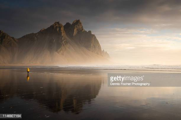 sunrise at the vestrahorn in iceland - dramatic landscape stock pictures, royalty-free photos & images