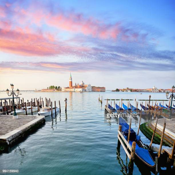 sunrise at venice, italy - gondola traditional boat stock pictures, royalty-free photos & images