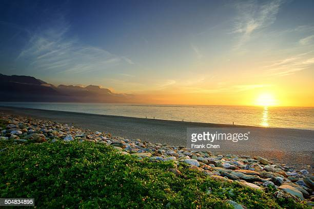 sunrise crescent bay in qixingtan, hualien - hualien county stock pictures, royalty-free photos & images