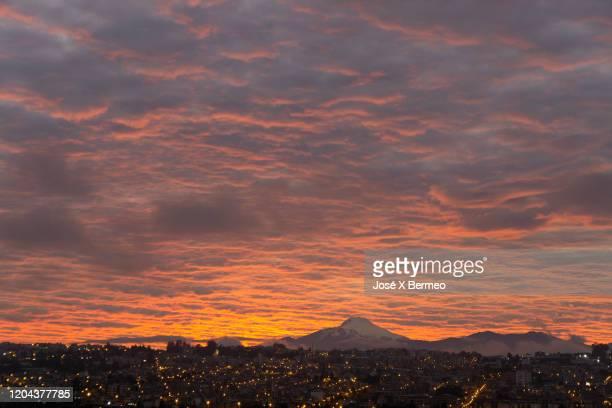 sunrise dawn - キト ストックフォトと画像