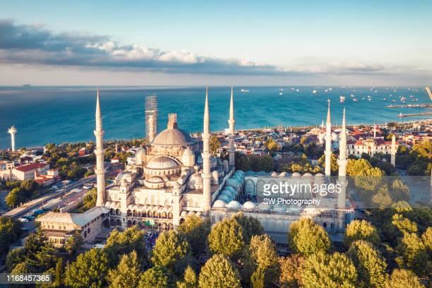 sunrise drone photo of blue mosque - イスタンブール県 ストックフォトと画像