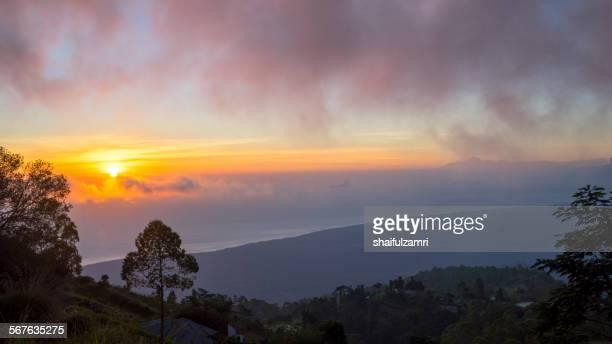 sunrise from bali - shaifulzamri foto e immagini stock