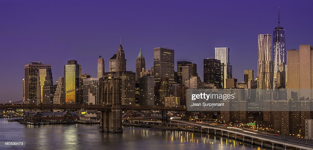 Sunrise from Manhattan Bridge : Stock Photo