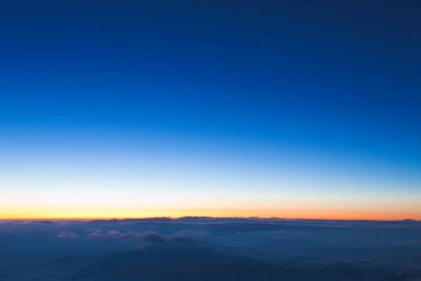 """sunrise in """"cattle's back"""" mountain peak"""