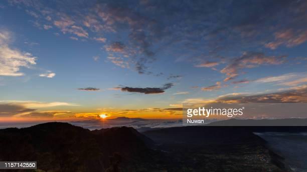 sunrise in bromo tengger semeru national park - tengger stock pictures, royalty-free photos & images