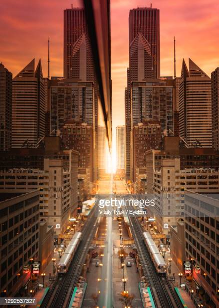 sunrise in chicago - chicago illinois stock pictures, royalty-free photos & images