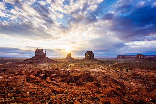 Sunrise in Monument Valley 600397774