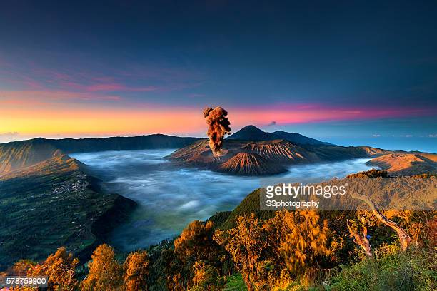 sunrise in mount bromo - mt bromo stock photos and pictures