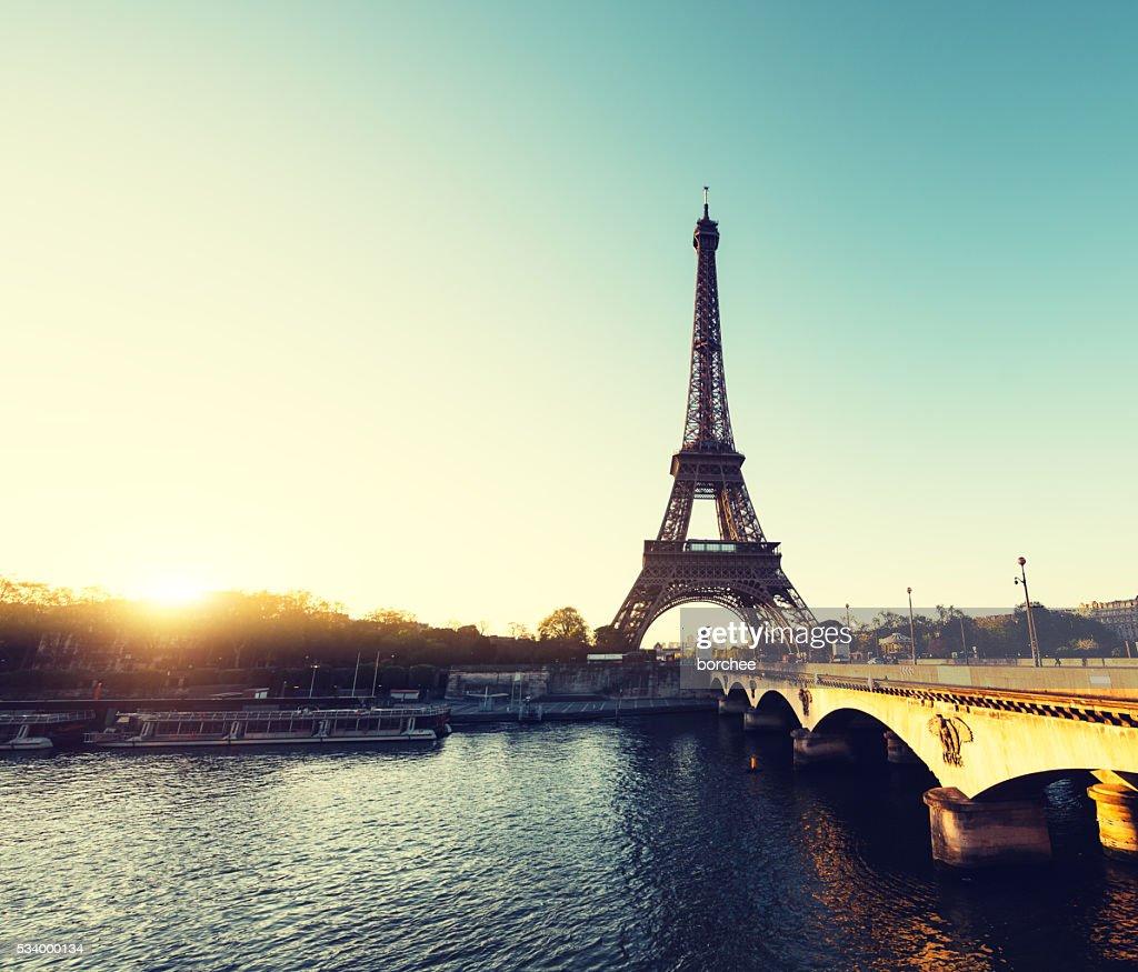 Sonnenaufgang In Paris : Stock-Foto