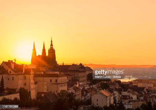 sunrise in prague - prague stock pictures, royalty-free photos & images