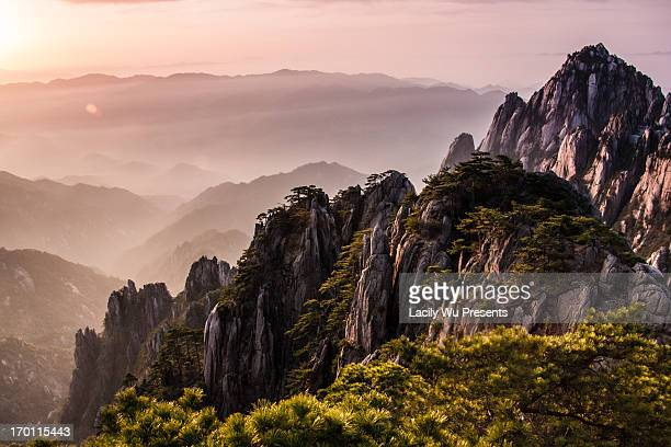 sunrise in the top of Mt.Huangshan