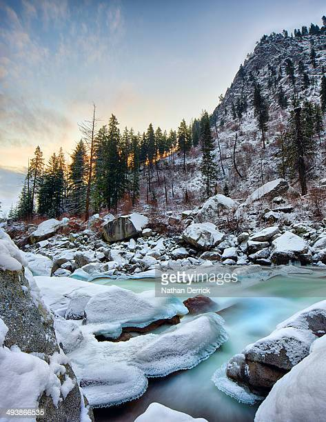 sunrise in the wenatchee river valley. - leavenworth washington stock photos and pictures