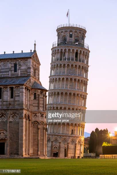 sunrise, leaning tower of pisa, pisa, tuscany, italy - pisa stock pictures, royalty-free photos & images