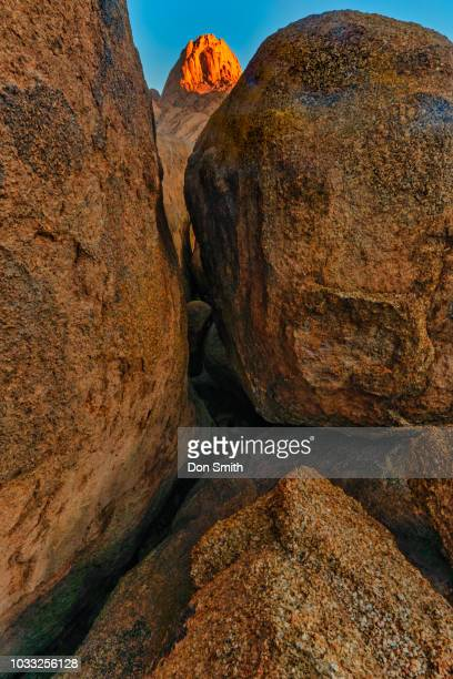sunrise light on mt. spitzkoppe - don smith stock pictures, royalty-free photos & images