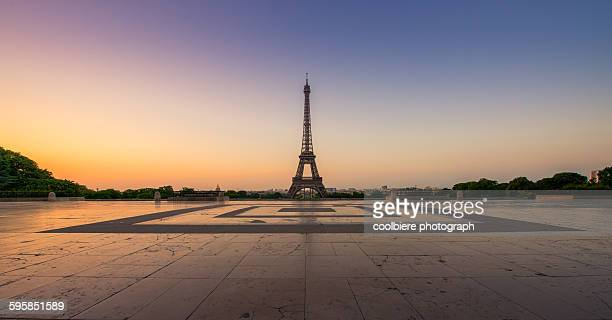 Sunrise of Paris with eiffel tower