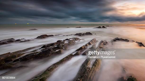sunrise of seascape, thailand - provincia di songkhla foto e immagini stock