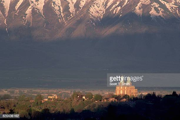sunrise on latter-day saints temple in logan, utah - utah stock pictures, royalty-free photos & images