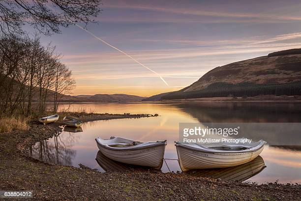 sunrise on st mary's loch - scottish culture stock pictures, royalty-free photos & images