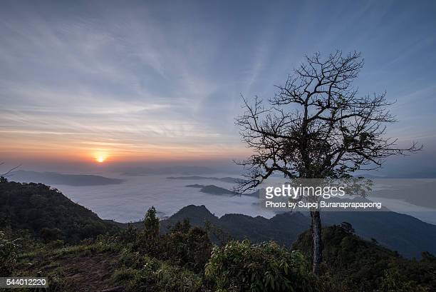 sunrise on the peak of the mountain - ras al khaimah stock pictures, royalty-free photos & images