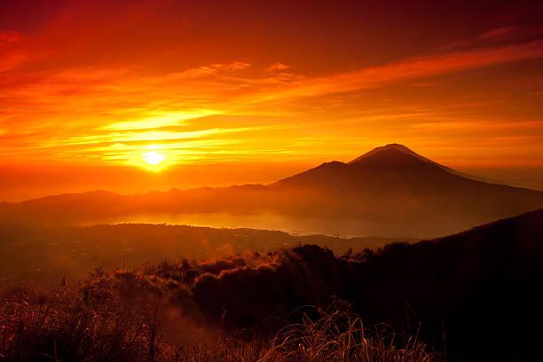 Sunrise oover mountain landscape