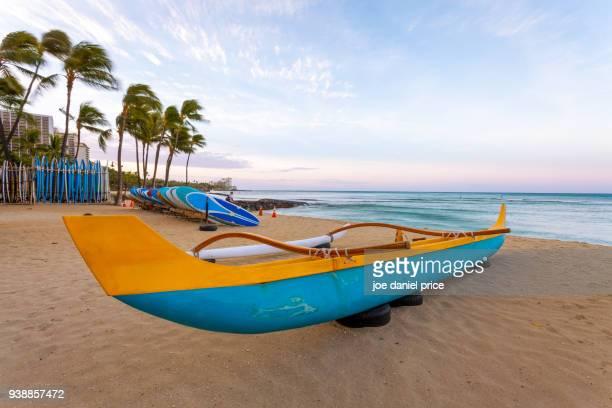 sunrise, outrigger, waikiki beach, honolulu, oahu, hawaii, america - ワイキキビーチ ストックフォトと画像