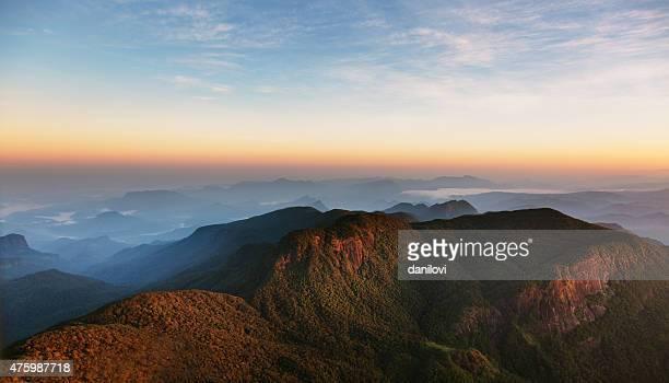 Lever du soleil sur Pic d'Adam, Sri Lanka