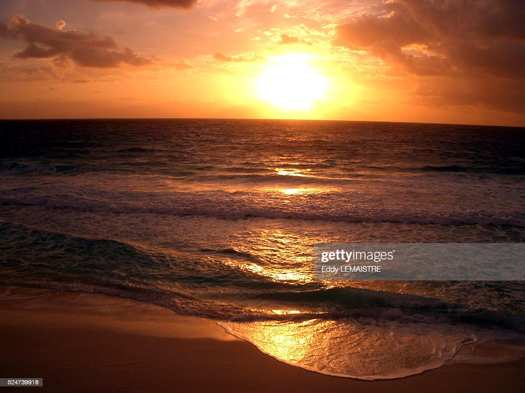 A Sunrise Over Cancun Mexico News Photo Getty Images