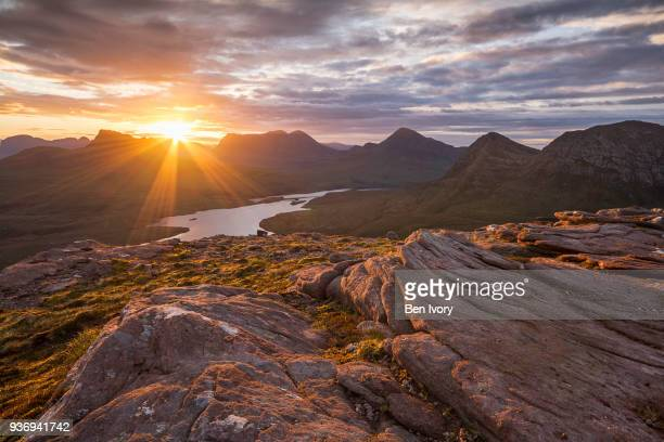 sunrise over cul mor and cul beag, assynt, northweast highlands of scotland - scotland stock pictures, royalty-free photos & images