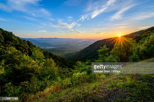 sunrise over lovers leap - appalachian trail stock pictures, royalty-free photos & images