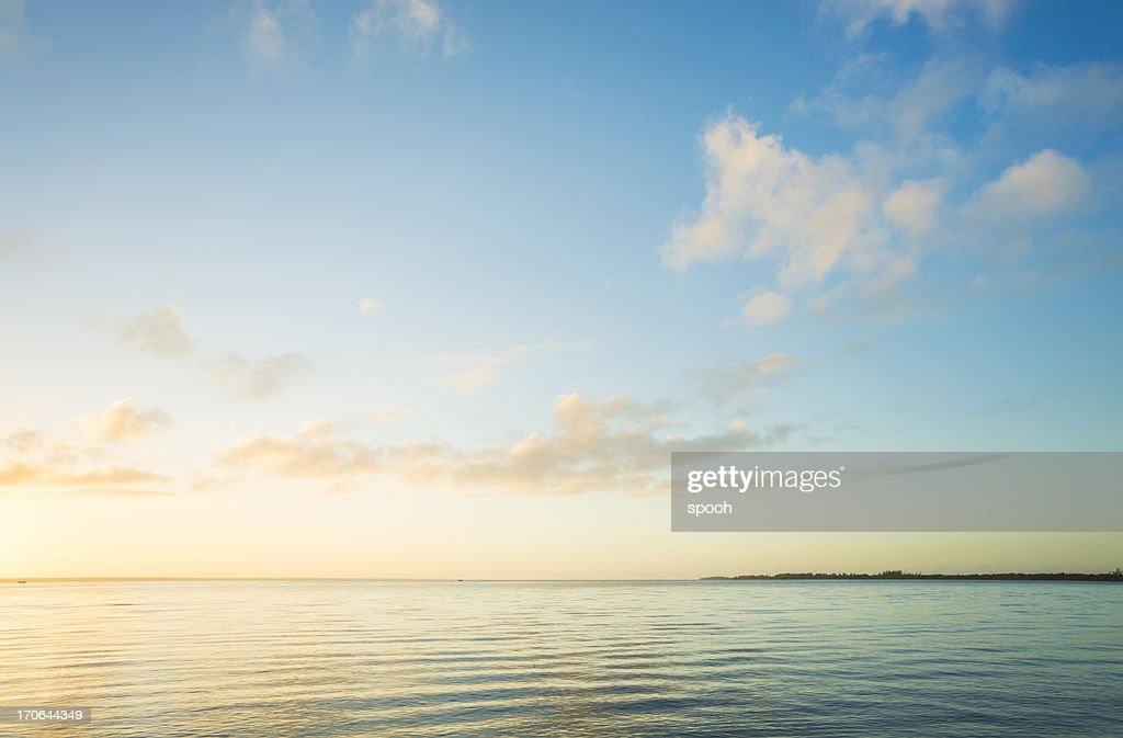 Sunrise over sea : Stockfoto