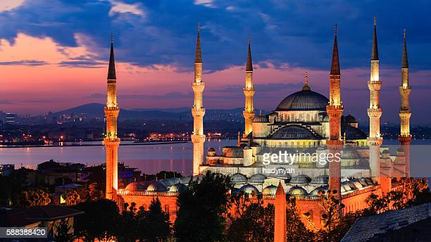 sunrise over the blue mosque, istanbul, turkey - blue mosque stock pictures, royalty-free photos & images