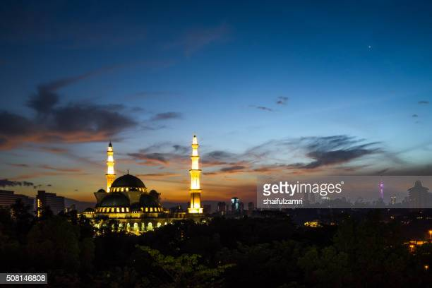 sunrise over the federal territory mosque - shaifulzamri stock pictures, royalty-free photos & images