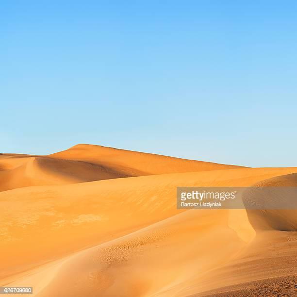 の日の出グレートサンドシー、リビア砂漠、アフリカ