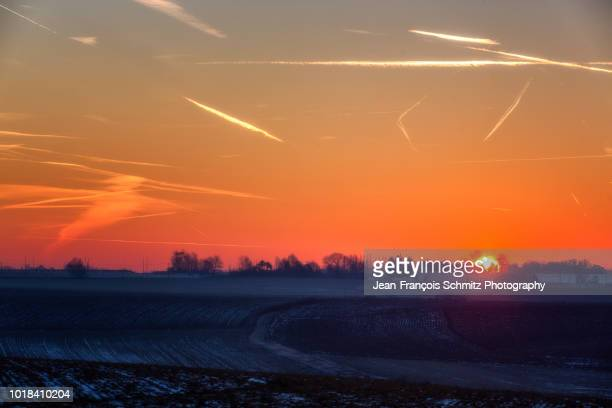 sunrise over the waterloo battlefield, january 2017 - waterloo belgium stock pictures, royalty-free photos & images