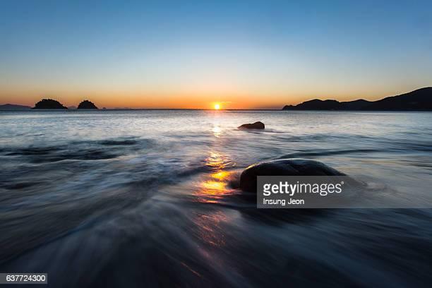 Sunrise over Yeosu Musulmok Beach