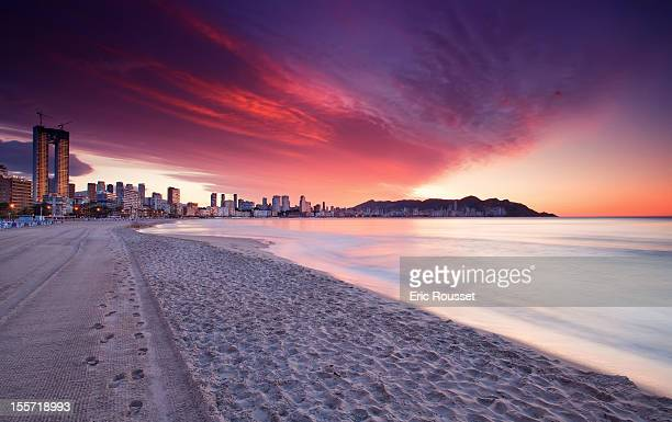 sunrise - benidorm foto e immagini stock