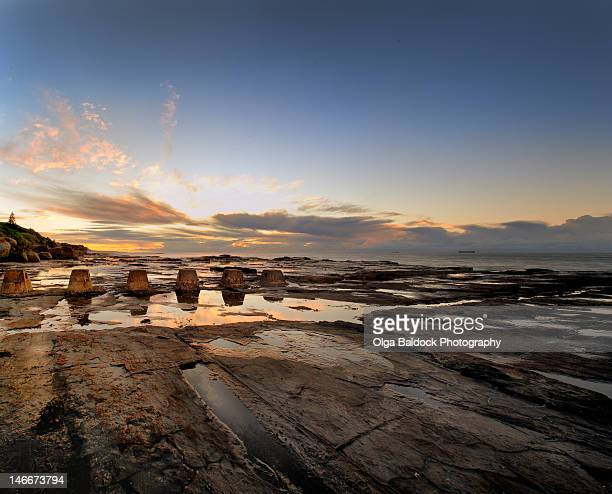 sunrise shot - wollongong stock pictures, royalty-free photos & images