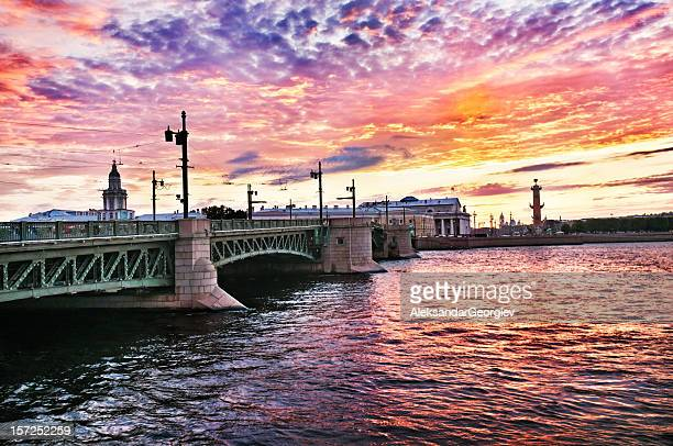 sunrise view of palace bridge st petersburg, russia - neva river stock photos and pictures