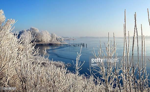 sunrise winter Landschaft des lake
