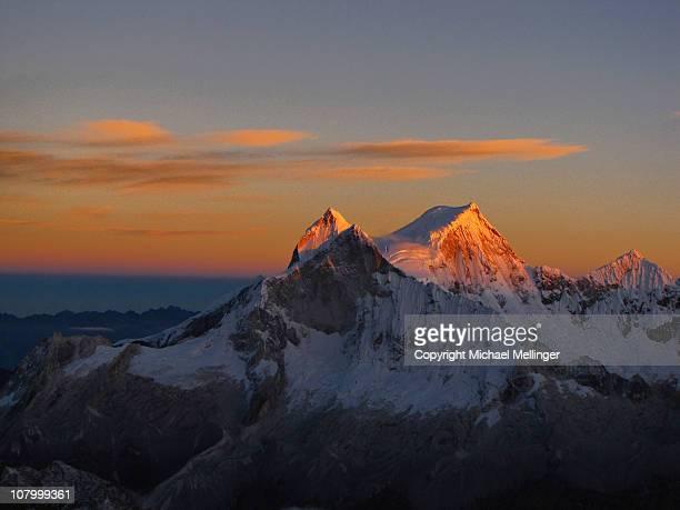 Sunrise-Huandoy-Chopicalqui-Cordillera Blanca-Peru
