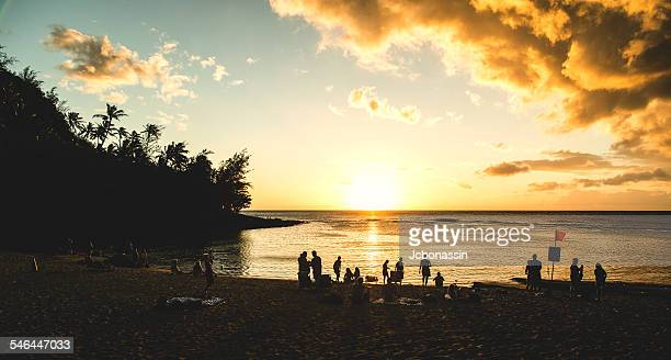 sunsent at ke'e beach - jcbonassin stock pictures, royalty-free photos & images