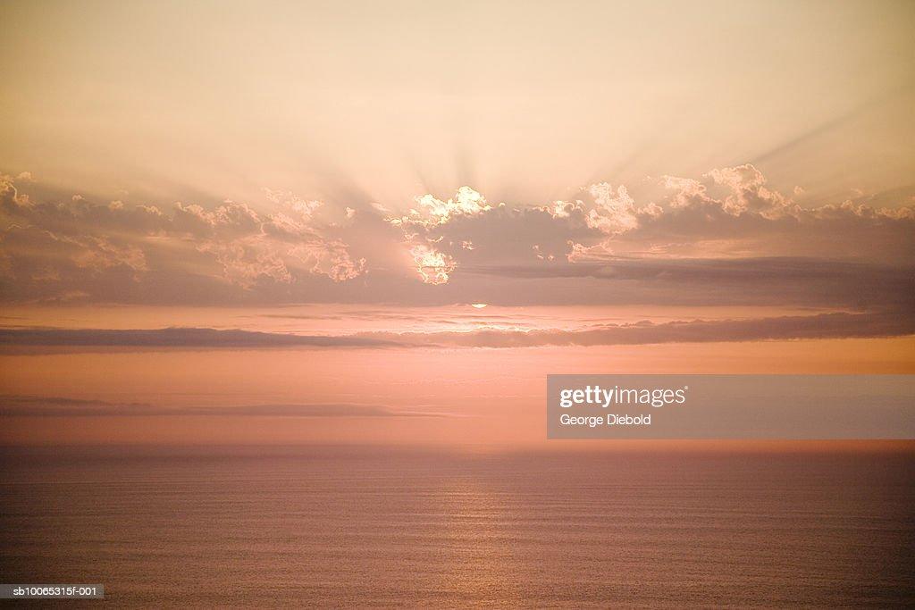 Sunset above ocean : Foto stock