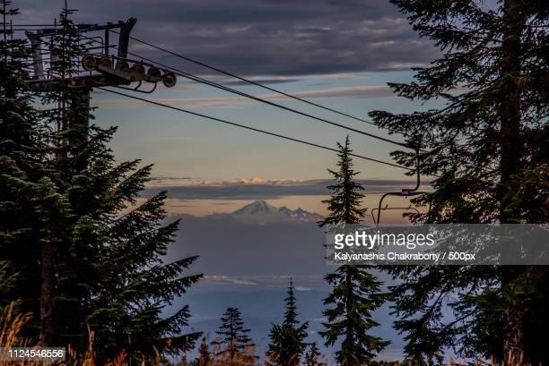 sunset and baker - montanhas north shore imagens e fotografias de stock