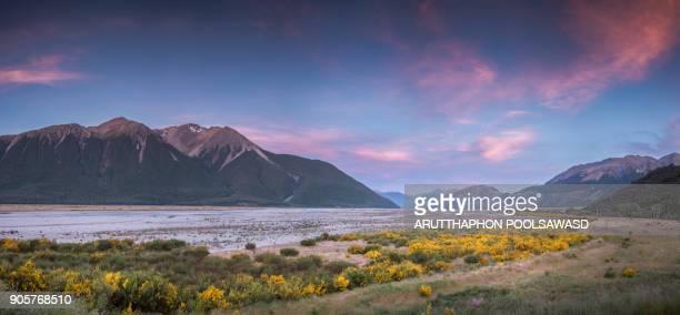 Sunset at bealey valley , arthur's pass national park , new zealand