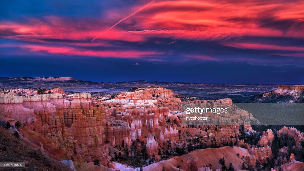 Sonnenuntergang im Bryce Canyon National Park : Stock-Foto