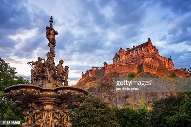 Sunset at Edinburgh Castle and Fountain, Scotland