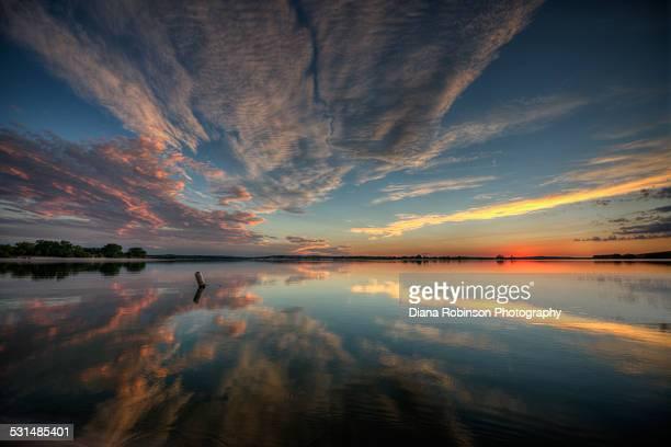 sunset at merritt reservoir near valentine, nebras - nebraska stock photos and pictures