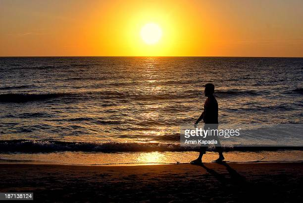 CONTENT] Sunset at Naples Florida Copyright to all of the photographs displayed under the name 'djammz' aka Amin Ahmed Kapadia are owned by me You...