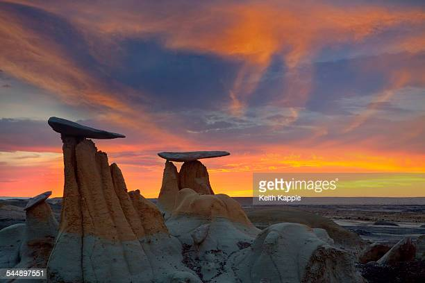 Sunset at The Ah-shi-sle-pah Badlands, New Mexico