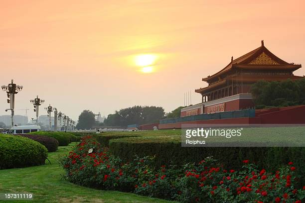 sunset at tiananmen in beijing, china - sonnig stock pictures, royalty-free photos & images